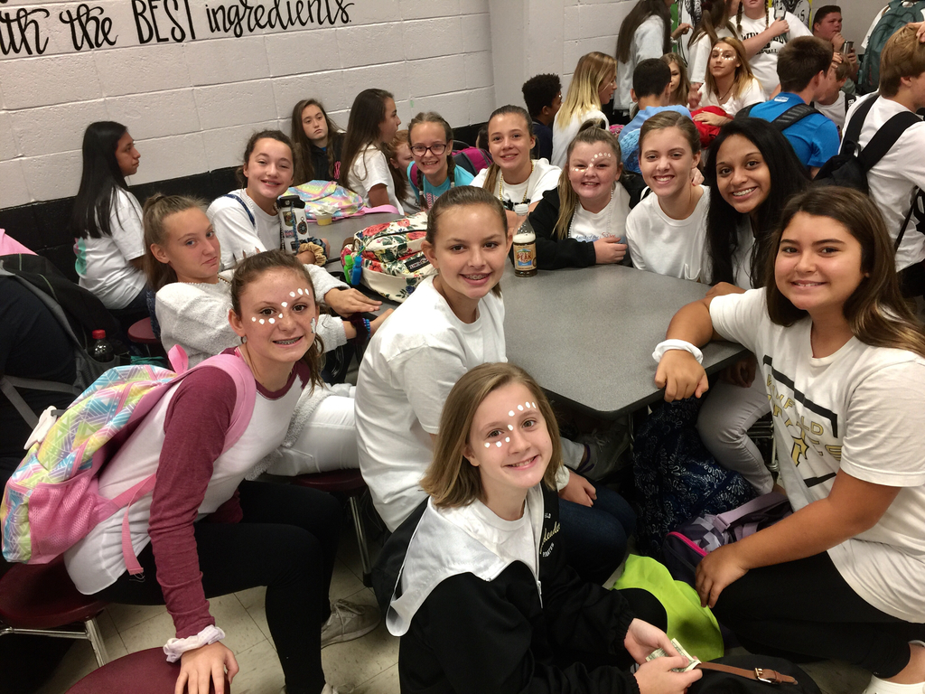 "WMS student dress up for the ""White Out"" game vs Fayette🏈"