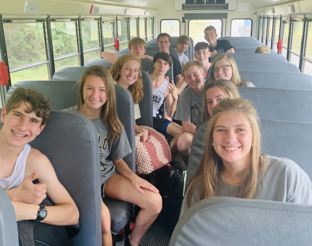 The cross country team is on their way to compete in the Hartselle Tiger Invitational. The varsity girls will compete at 4:40 and the varsity boys will compete at 5:15. Go pirates!!☠️