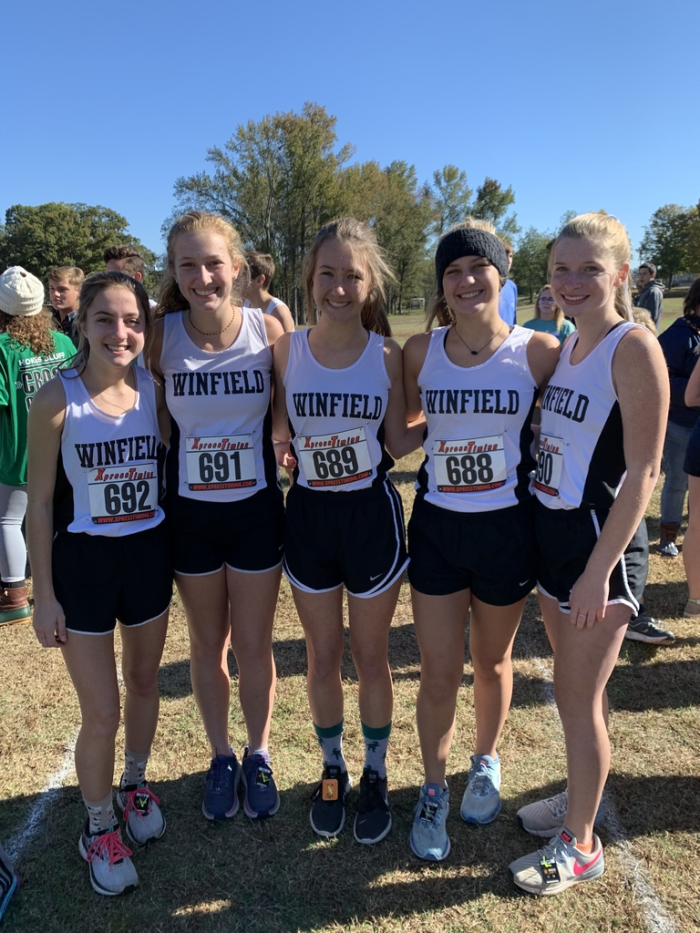 Varsity girls are ready to run at Sectionals in Cullman!